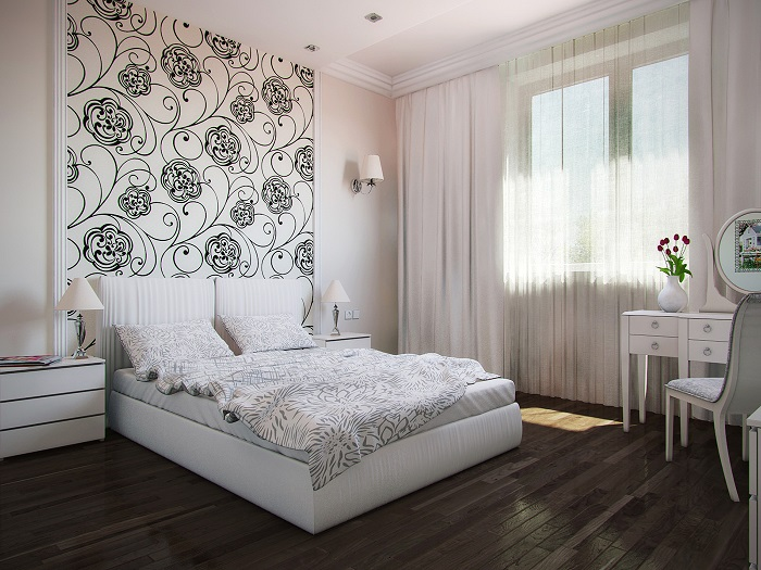 Спальня в светлых тонах с нежной акцентной стеной