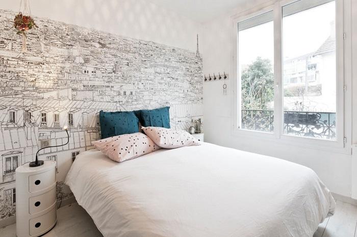 Спальня без занавесок тоже может быть уютной