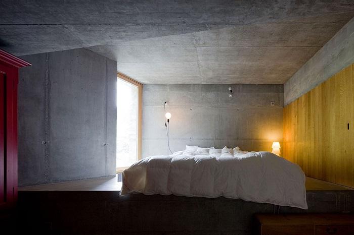 В небольшой гостинице есть пять спален с отдельными ванными