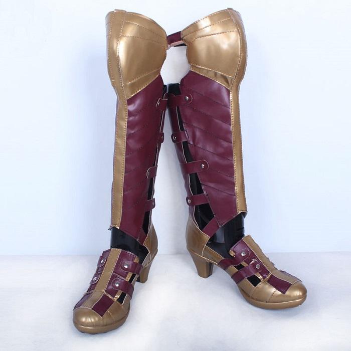 В интернете появилось много реплик Wonder Woman Boot