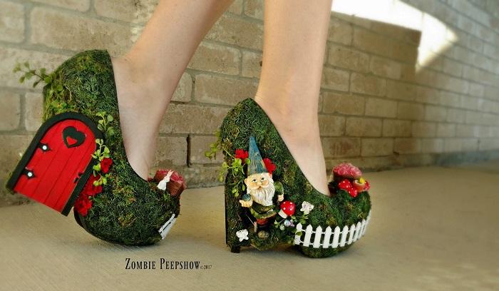 "Туфли бренда Zombie Pipshow[IMG=https://novate.ru/files/u11215/Zombie-Peepshow-4.jpg ALT=""Туфли бренда Zombie Pipshow очень необычны"