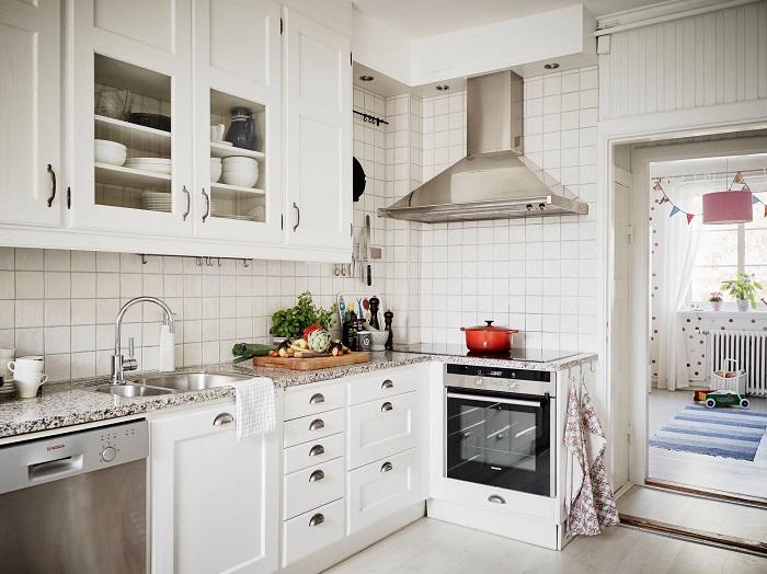 Чистая кухня по утрам поднимает настроение