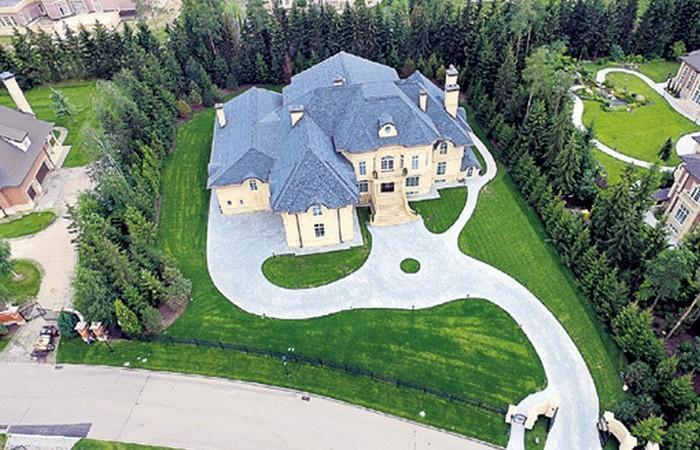 Стас Михайлов показал свой шикарный загородный дом