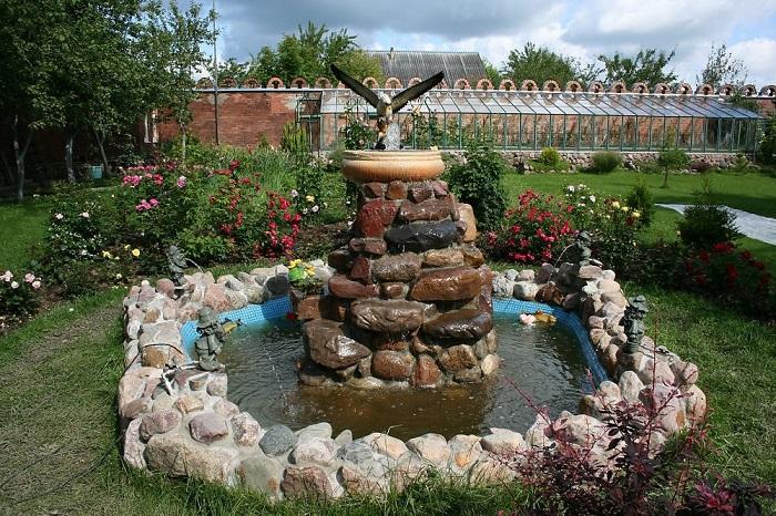 Очень важно подобрать качественные материалы для фонтана