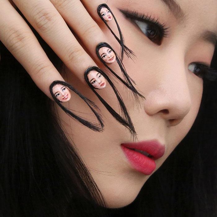 Корейская художница Дэн Юн выложила в Сеть фото необычного маникюра