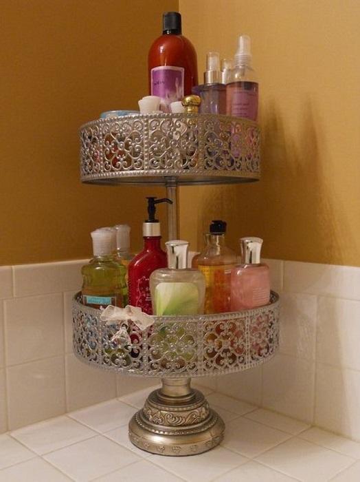 Подставка для торта может служить местом хранения