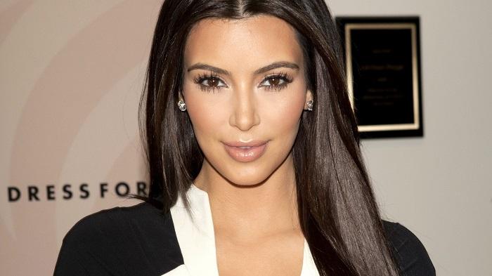 Как повторить макияж Ким Кардашьян за 5 минут