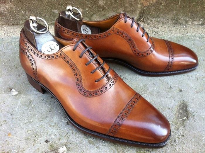Броги - туфли с перфорацией