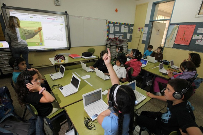 В Израильских школах дети посещают специальный курс - кибербезопастность