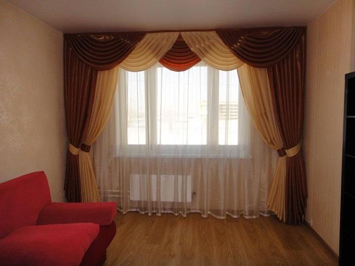 Вычурным шторам не место в квартире