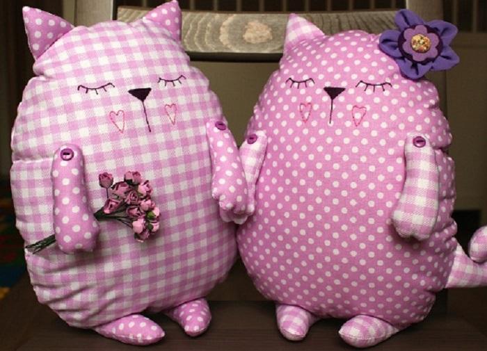 Мягкие игрушки из штор - отличная идея для всей семьи