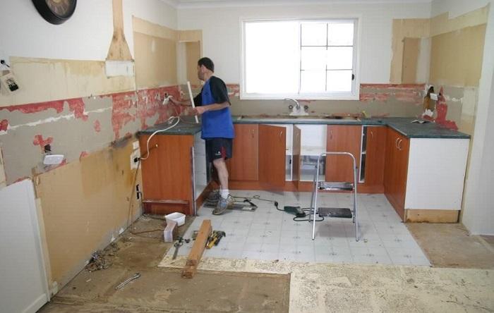 Как сделать ремонт в квартире, если нет денег