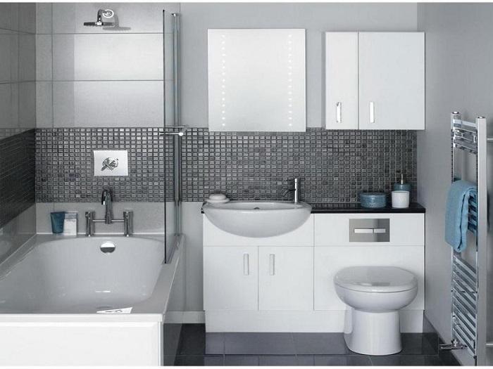 Не рекомендуется совмещать ванную и туалет, если они находятся рядом с кухней