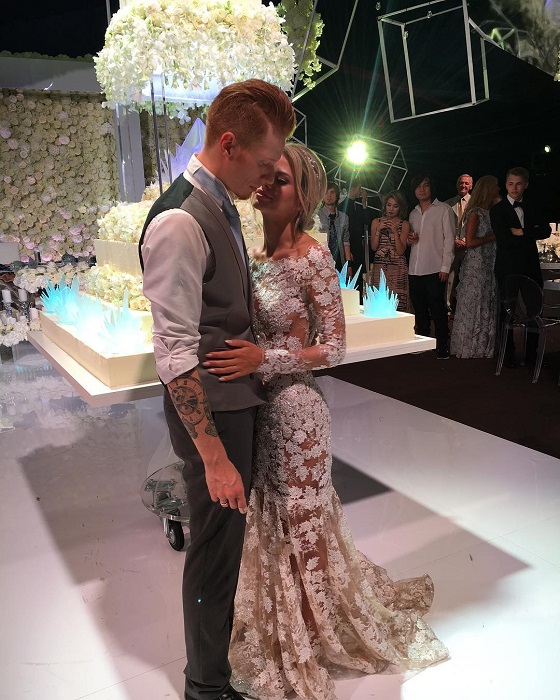 Третье свадебное платье Алены Красновой