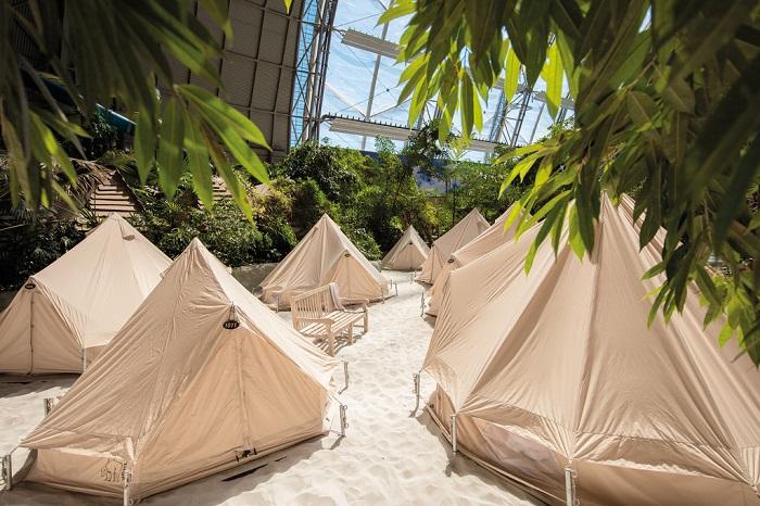 Палатки для любителей отдыха дикарями.