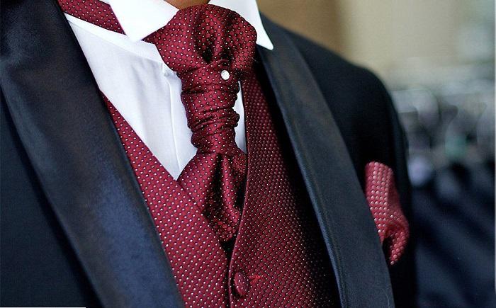 Слишком туго завязанный галстук способствует возникновению глаукомы