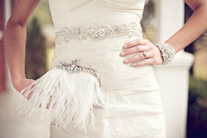 12 невероятных свадебных сумочек