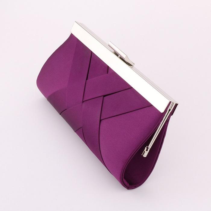 Свадебная сумочка фиолетового цвета