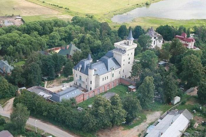 Максим Галкин еще ребенком мечтал жить в замке