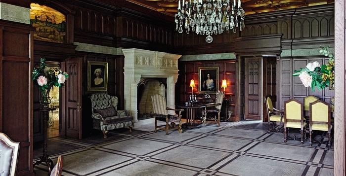 В замке Пугачевой 20 жилых комнат