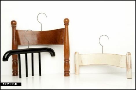 Abitudini Hangers. Вешалки из бывших стульев