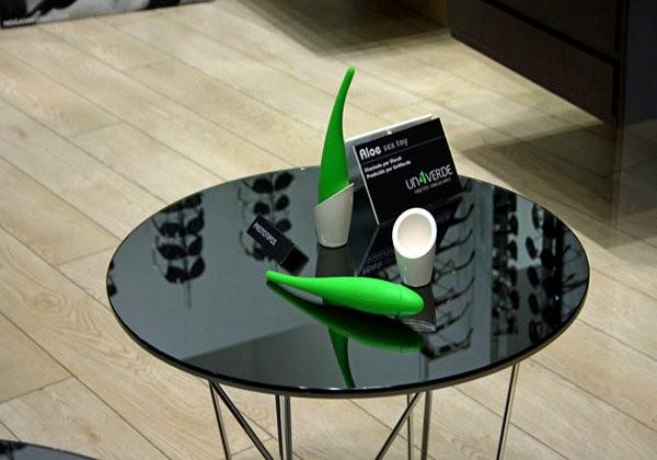 Эротический дизайн. Стильное дилдо в форме листочка Aloe Vera
