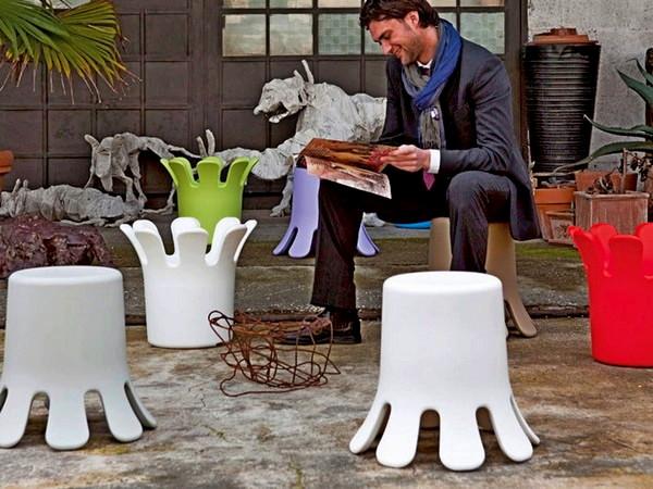 Splash, многофункциональная мебель в виде всплеска воды от компании B-Line