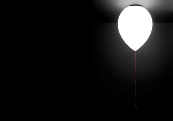 Светильник-шарик Balloon Lamp от Estiluz, радость и взрослым, и детям