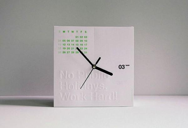 Концептуальный гаджет CalenClock, отрывной календарь и часы со стрелками