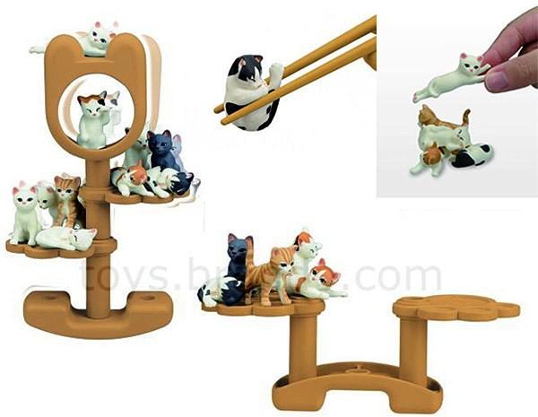 Игра Konekodarake Cat Balance Game, обучающая пользоваться китайскими палочками