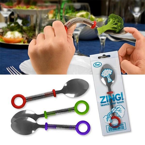 Zing Lunch Launching Catapult Spoon, ложка-катапульта для игры с едой