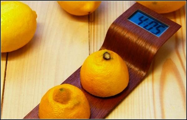 Лимонозависимые часы Citrus Clock
