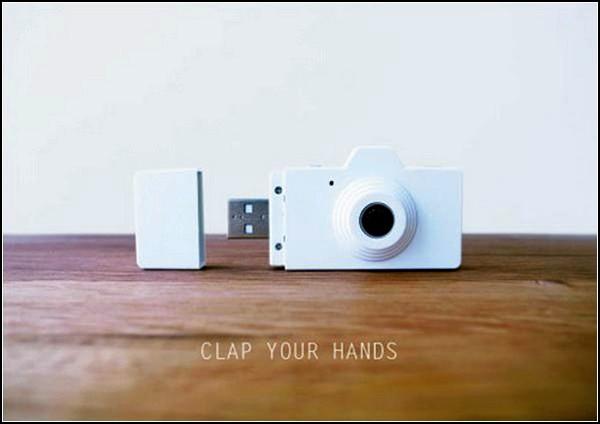 Крошечная камера-флешка Clap для фотографий-сюрпризов