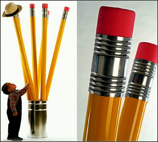 Crayons, гигантские карандаши-вешалка