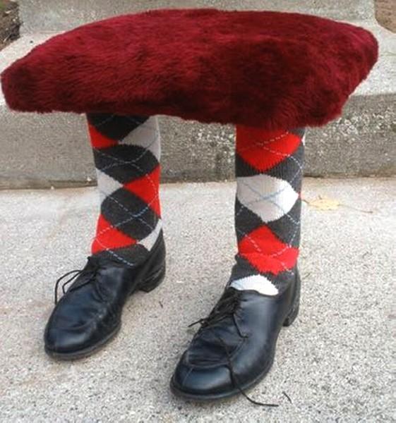 Скамеечки для ног с собственными ногами