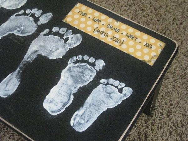 Милая скамеечка для ног семейного образца