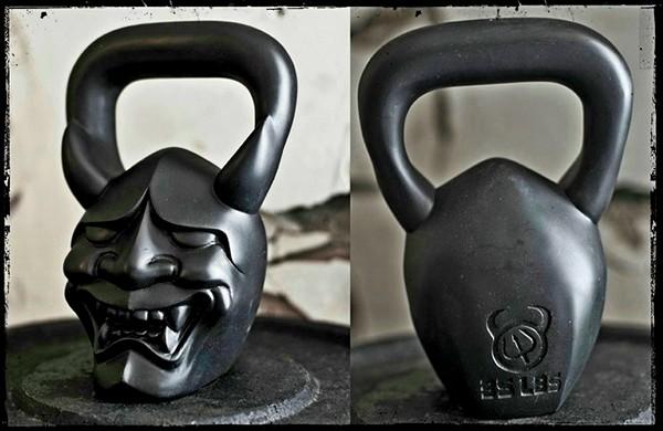 Демоническая гиря покрупнее (16 кг)
