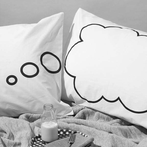 Креативные романтические подарки. Необычные наволочки Dreamy Pillow Cases