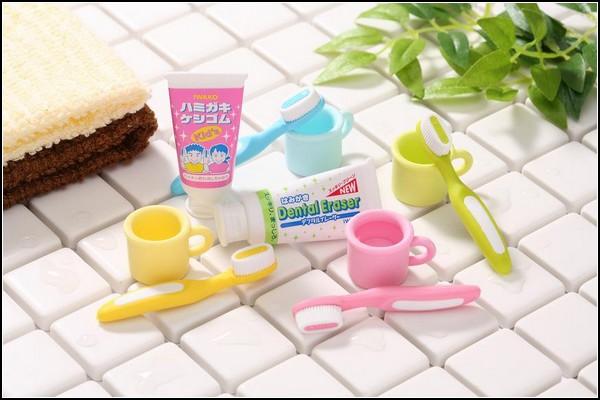 Ластики-инструменты для ванной