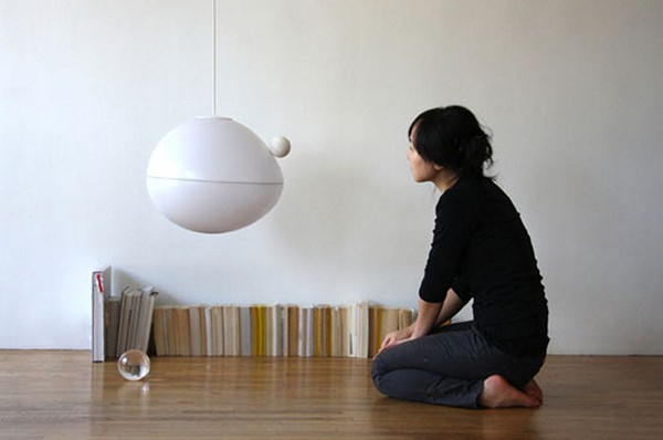Fiat Lux Lamp, необычный светильник, который включается по волшебству