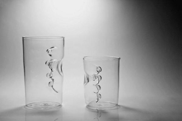 Finger-in: необычный дизайн стеклянного стакана