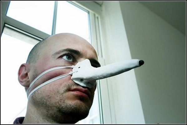 Маска-гаджет Finger-nose Stylus