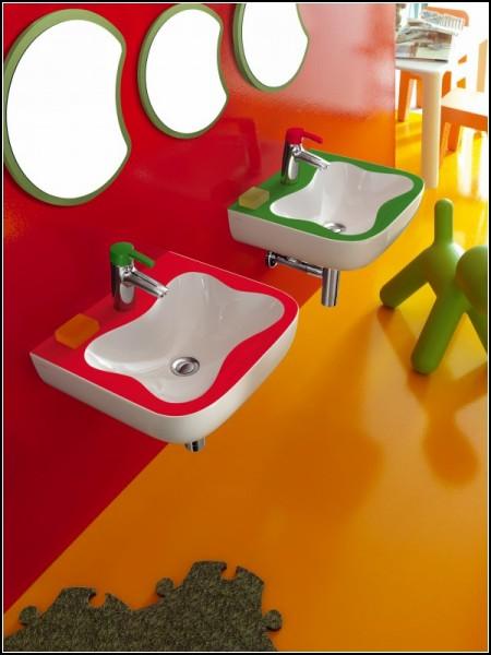 Детские ванные комнаты от Laufen