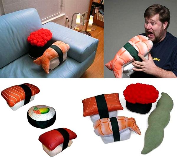 Дизайнерские подушки в виде суши и роллов