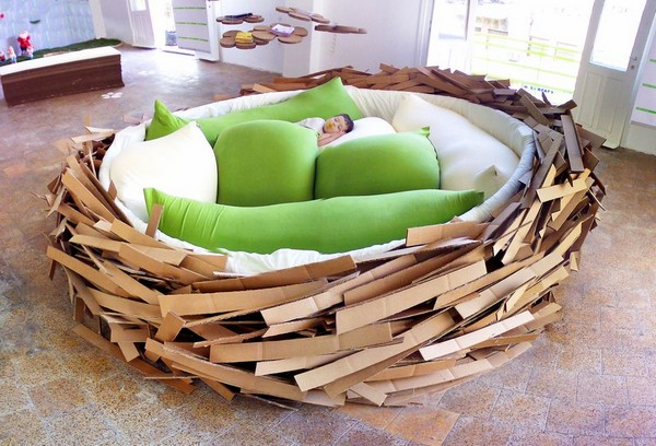 Giant Birdsnest, диван-гнездо для творческих людей