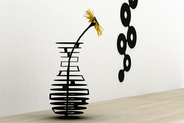 HighRise vase, и ваза, и настенное украшение от ThirtyFive Creative Works