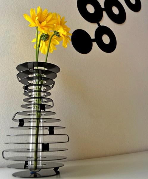 HighRise vase: настенное украшение в стиле хай-тек и стильная лаконичная ваза