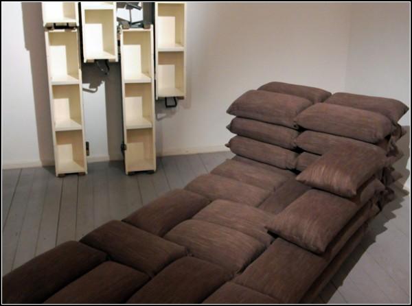 Мебель Kalab Exhibition с военным подтекстом