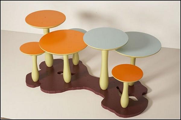 Детская мебель - столы грибочками