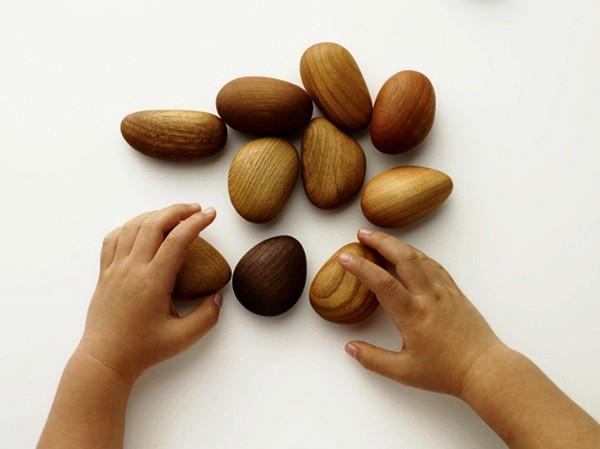Kinoishi, *деревянные камешки* для развлечения и умиротворения